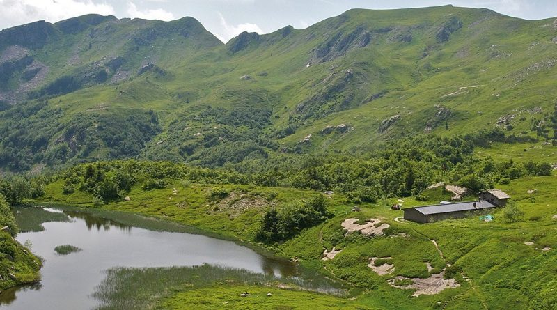 GRUPPO GIOVANI: Lago Nero (EE)